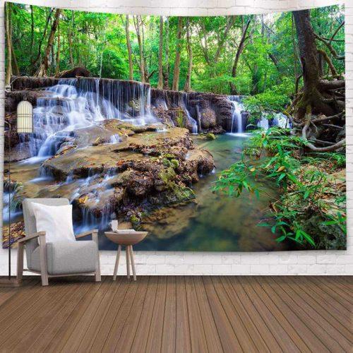Wandkleed van Prachtige waterval midden in bos