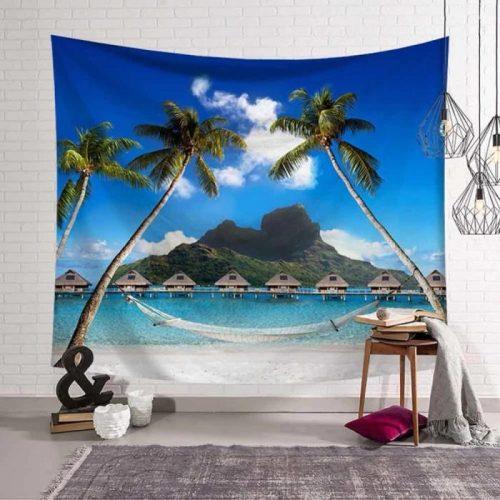 Vakantie hutjes in de Caribbean aan zee hangmat en tussen palmbomen wandkleed wandtapijt wanddecoratie